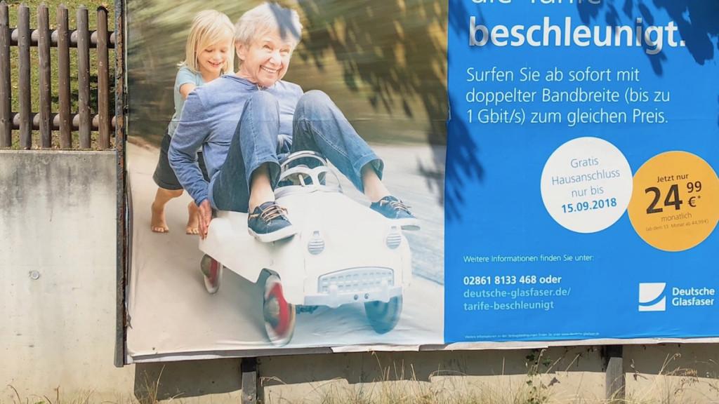 Werbeplakat Deutsche Glasfaser