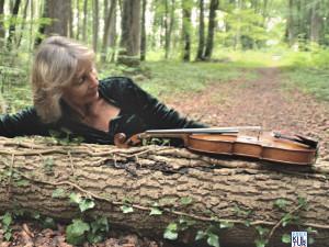 Violinistin Francesca Rappay