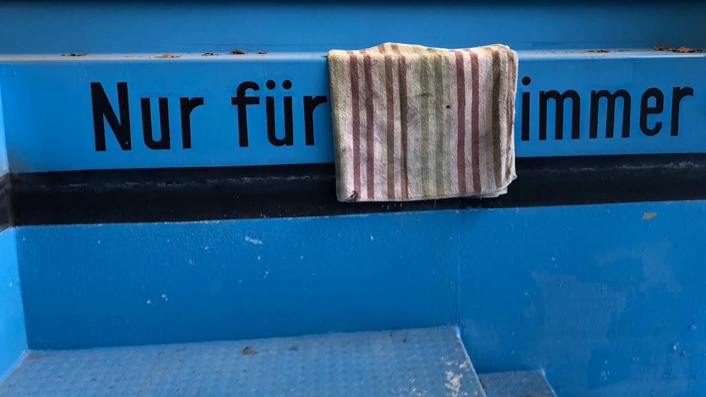 Kunst im Schwimmbad Greifenberg von Axel Wagner
