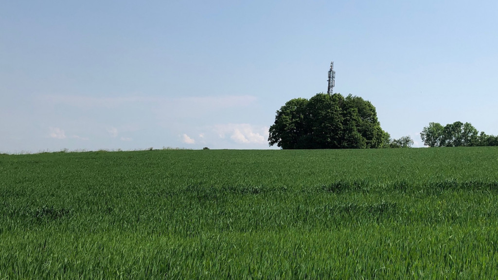 Angst vor 5G: Funkmast in Bayern