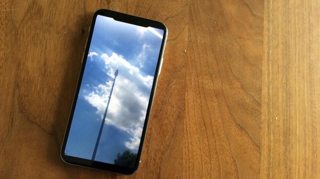 Handy strahlt stärker als Sendemast
