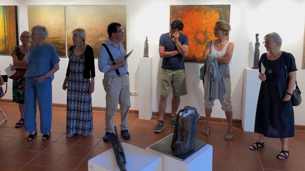 Margarete Bartsch und Lore Kienzl im Studio Rose