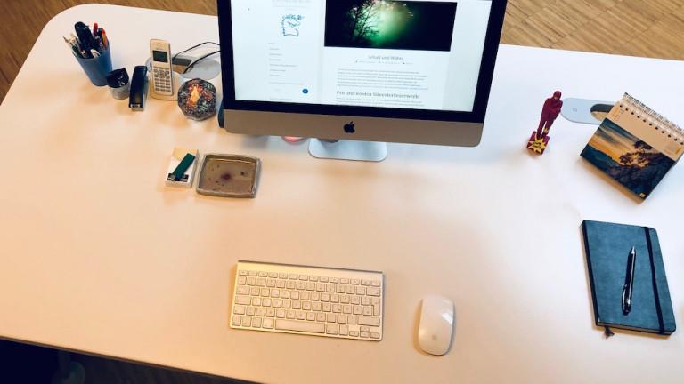 Schreibtisch ausmisten
