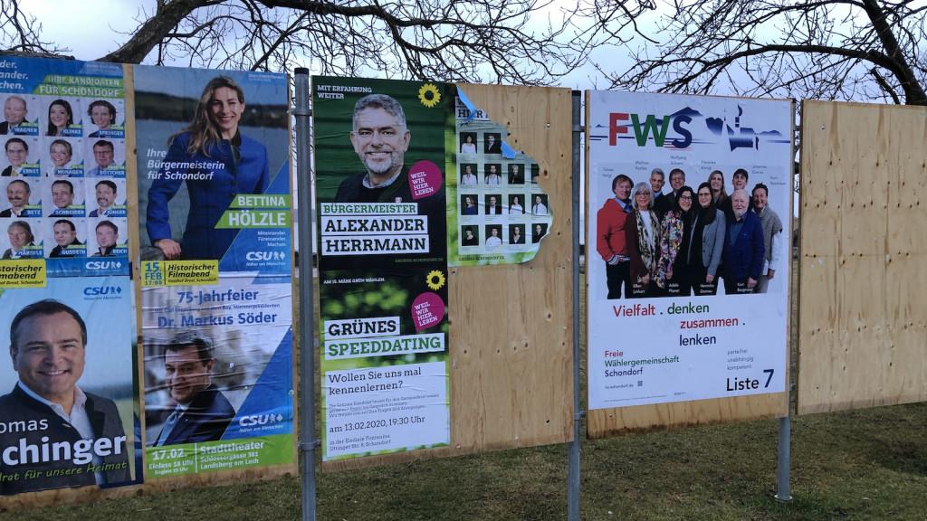 Wahlplakate Kommunalwahl Schondorf