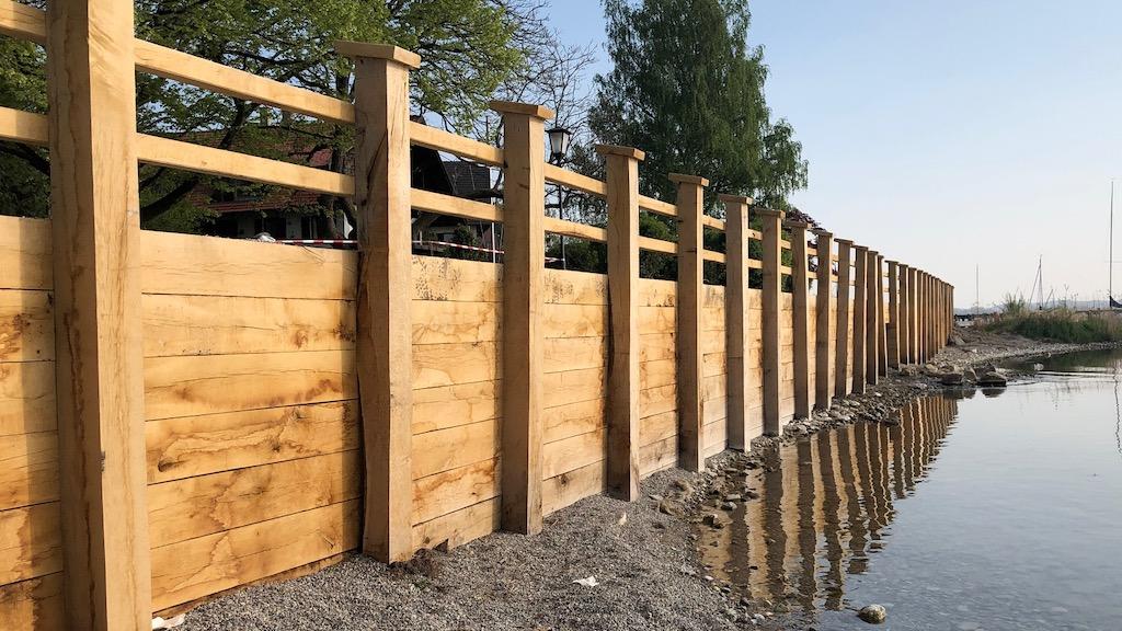 Renovierte Schondorfer Uferbefestigung