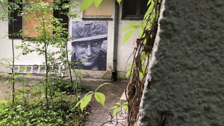 Kunst hält Wache in Landsberg