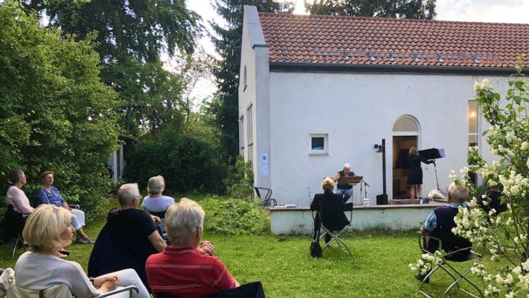 Claus Peter Lieckfeld liest im studioRose
