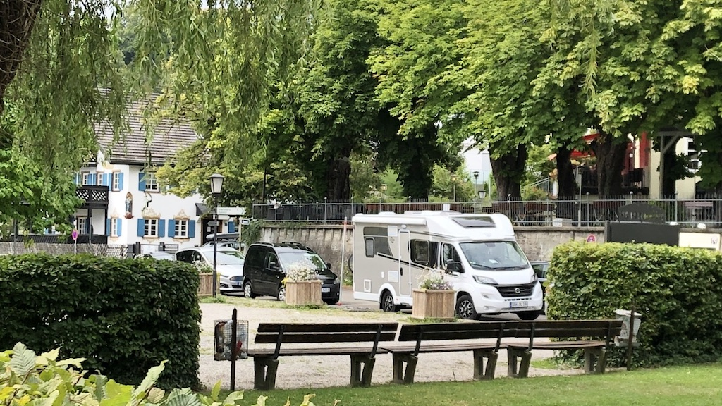 Wohnmobile in Schondorf an der Seeanlage