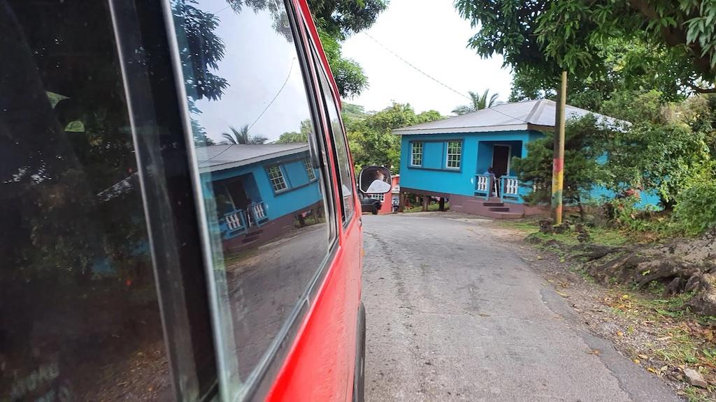 Bus auf Grenada